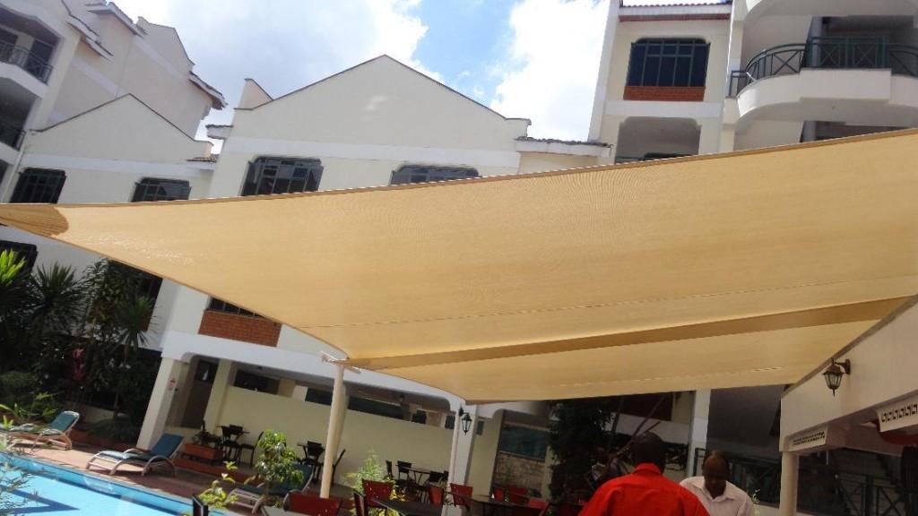 1385972142_572370397_3-car-parking-shade-shade-sails-and-garden-umbrellas-Cars-Accesories